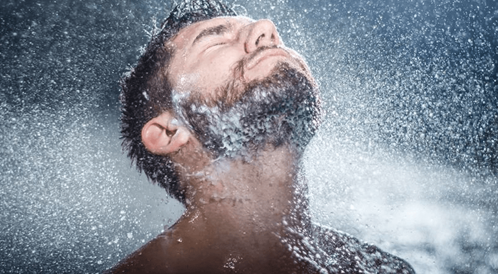 9 Powerful Benefits Of Cold Showers (2019 Update)